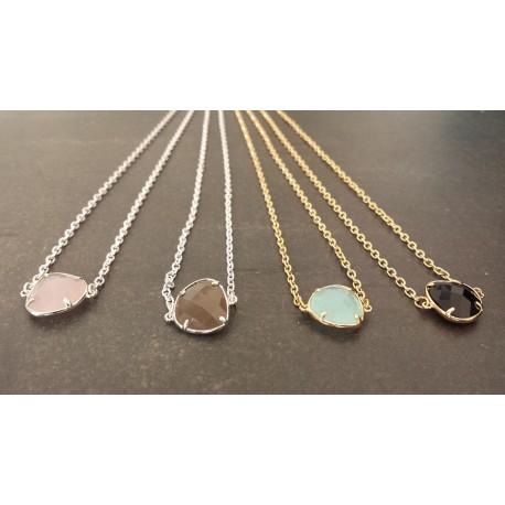 Collier ras de cou chaîne et intercalaire métal