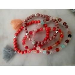 Bracelets perles bois, pierres semi-précieuses et pompon