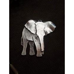Pendentif éléphant métal argenté 7,5cm