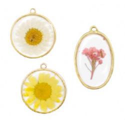 Pendentifs avec fleurs séchées
