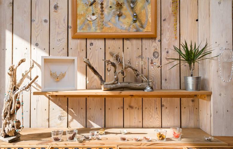 Fils, chaînes, perles à Aix en Provence
